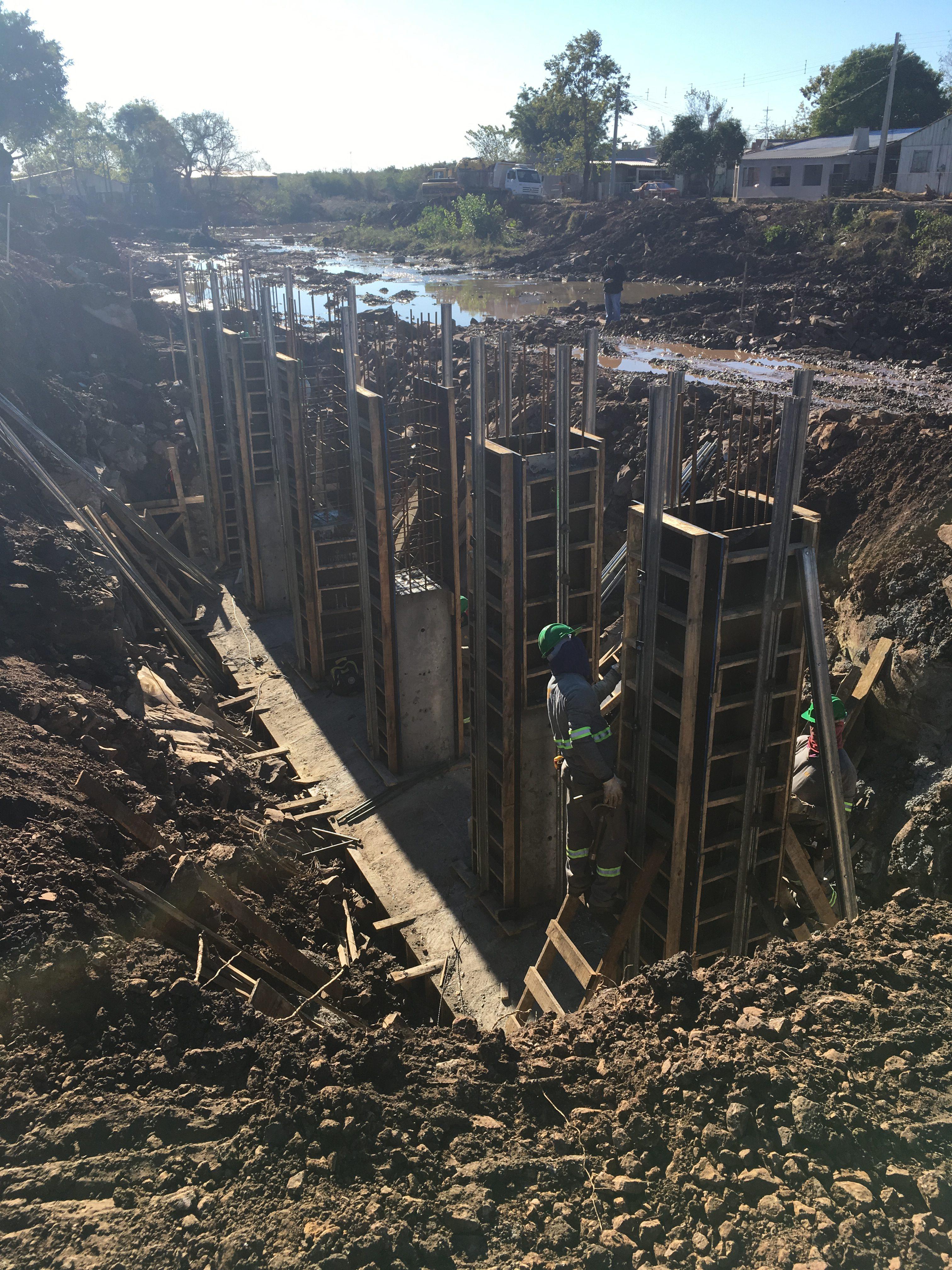 Ponte sobre Arroio Passo Fundo - Pilares