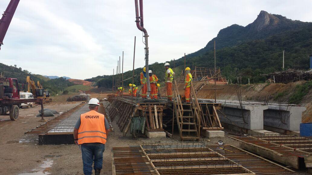 Contorno Florianópolis PSU Km 216 - Pátio Vigas e Pré-lajes