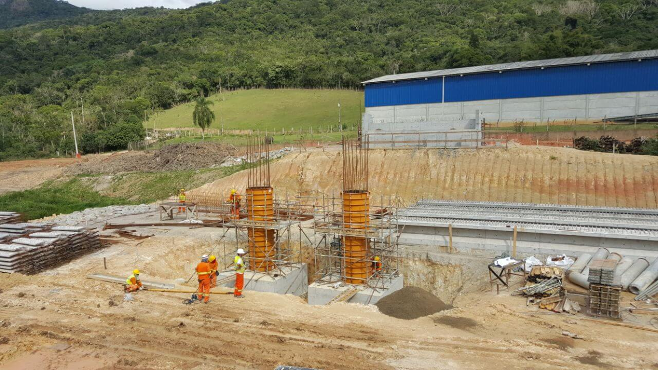 Contorno Florianópolis PSU Km 216 - Pilares e Vigas